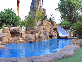 Construcci n de piscinas de obra for Precio construccion piscina de obra