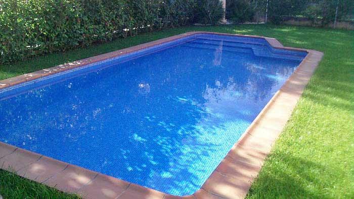 Piscinas de obra tu piscina de obra al mejor precio for Costo de construir una piscina
