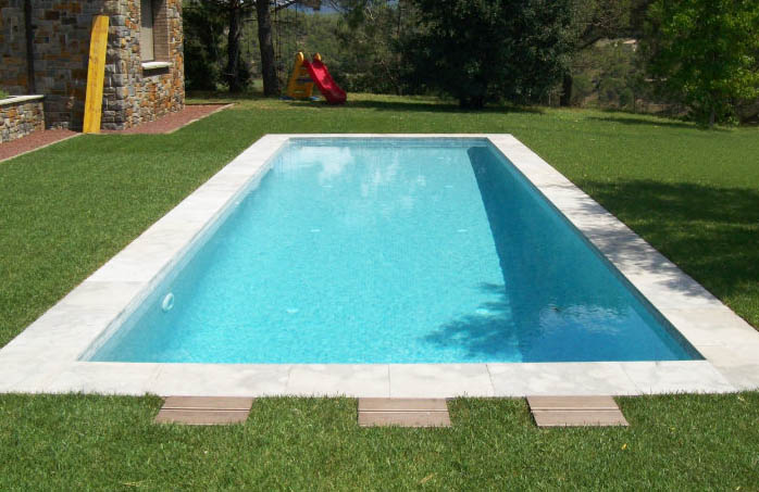 Piscina de obra rectangular